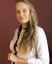 Dr n. kf., dr n. biol. Anna M. Kamelska-Sadowska